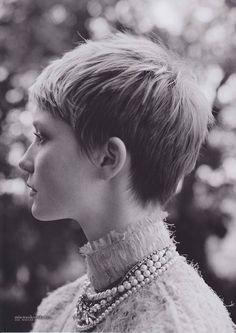 """Mia Wasikowska """"Harper's Bazaar Australia"""" Scans"""