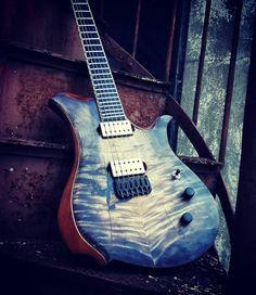 "LΔSIC GUITΔRS on Instagram: ""Seis cuerdas . . .. .. .. .. . . . . . . . . . #guitar #xguitars #sixstrings #axe #guitarsolo #guitarist #metal #djentspace #hipshot…"" Guitar Solo, Axe, Guitars, Music Instruments, Metal, Instagram, Twine, Musical Instruments, Metals"
