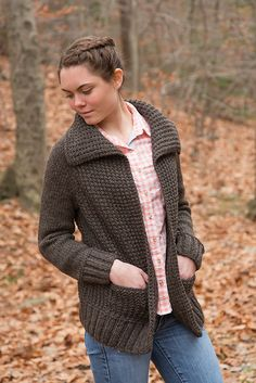 Ravelry: Shagbark pattern by Tian Foley.  The pattern costs $6.00 but seems worth it