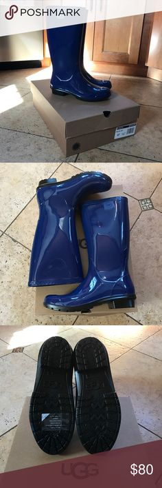NWT Ugg Shaye Boots Brand new never worn from outlet. Size 7 UGG W SHAYE color Blue Jay. Very comfortable and warm. UGG Shoes Winter & Rain Boots