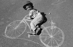 Chalk drawings + kids = fun photos.