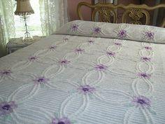 Plush Purple - I just saw this on Etsy. Vintage Bedspread, Chenille Bedspread, Bedroom Vintage, Vintage Decor, Vintage Stuff, Bedroom Retreat, Dream Bedroom, Chenille Crafts, Peacock Design