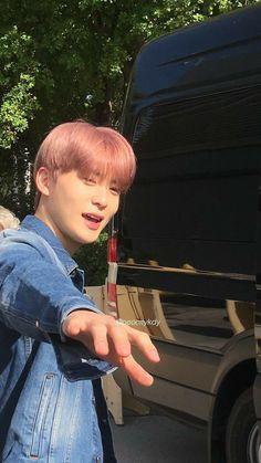 Taeyong, Nct 127, Winwin, Nct Life, K Wallpaper, Valentines For Boys, Jung Yoon, Jung Jaehyun, Jaehyun Nct