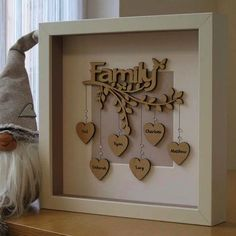 Diy Gifts, Unique Gifts, Family Tree Frame, Family Tree Gifts, Family Trees, Mum Birthday Gift, Birthday Box, Pebble Art Family, Personalised Family Tree