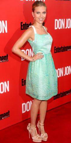 At the Don Jon premiere, Scarlett Johansson kept her look fresh in a peacock-green silk organza Roland Mouret dress with Irene Neuwirth earr...