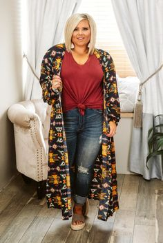 Looking for plus size tops? Lowest prices on curvy tops and plus size denim, curvy dresses and plus size dresses and curvy kimonos from the trendy curvy boutique that accepts afterpay! Curvy Girl Outfits, Plus Size Outfits, Cute Outfits, Curvy Fashion Summer, Curvy Women Fashion, Plus Size Fashionista, Plus Size Cardigans, Mode Boho, Curvy Jeans