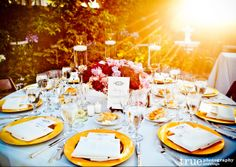 Google Image Result for http://truephotography.com/wp-content/uploads/2012/07/San-Diego-Wedding-Table-Scape-with-EverAfter-Events.jpg