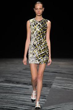 J. Mendel | Spring 2015 Ready-to-Wear | 01 Black/yellow/white printed sleeveless mini dress