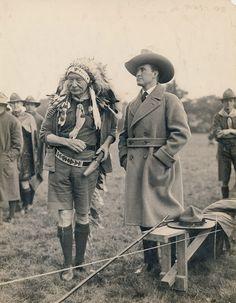 -lettre-et-photographie-encadrees-de-baden-powell-1857-1941-general-sir-r-baden-powell-createur-du-mouvement-mondial-du-scoutisme-en-1908-avec-son-livre-scouting-for-boys-en-francais-eclaireurs-la-photo-est-un-tirage-original--3
