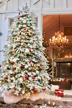 12 Trees of Christmas- A Very Merry Vintage Christmas - French Country Cottage