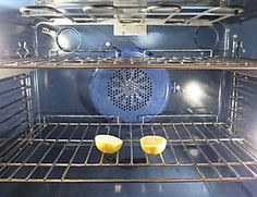 If you haven't been cleaning your oven like this, then you've been doing it wrong. You will be absolutely shocked by how effective this Newsner method is. Here's what you need: -Water -Spray bottle -Baking soda -A rag -Vinegar -A small bowl And here's what...