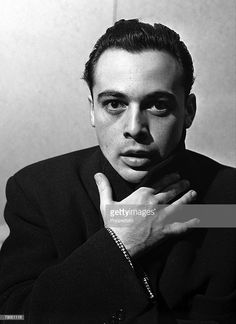 That face!The INTENSITY of these old world actors!Not just look good!The variety of faces!Each handsome in its own way. Herbert Lom actor London, England, 9 February An early portrait. Herbert Lom, Face Photo, Studio Portraits, Gorgeous Men, Beautiful People, Portrait Photo, Vintage Beauty, Classic Hollywood, Actors & Actresses