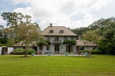 A five-bedroom house in Baton Rouge, La., is on the market for 2,995,000. A. Hays Town, architect