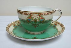 ROYAL WORCESTER CHINA DUO TEA CUP & SAUCER GREEN & CREAM 1929