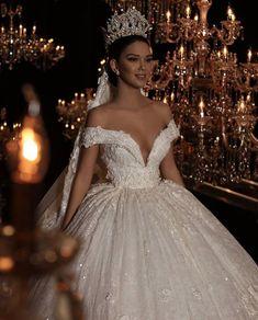 21 Fairytale Wedding Dresses of Your Dreams – weddingtopia - Bridesmaid Dresses Princess Wedding Dresses, Best Wedding Dresses, Bridal Dresses, Wedding Gowns, Bridesmaid Dresses, Wedding Outfits, Dramatic Wedding Dresses, Extravagant Wedding Dresses, Wedding Ceremony
