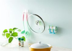 [Visit to Buy]  Plastic Kitchen Pot Pan Cover Shell Cover Sucker Tool Bracket Storage Rack  #Advertisement