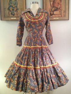 1950s Grey Novelty Print Squaw Patio DressColorful door AwwwShucks