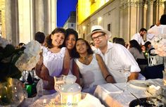 Unconventional Dinner Cena in Bianco: La Cena in Bianco 2014 in Piazza San Carlo a Torin...