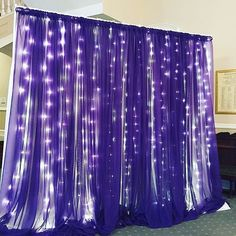 Create the perfect photo-booth backdrop for any occasion. Image Source: Instagram user berbankevents