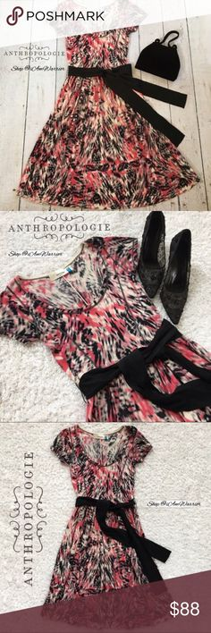 Anthropologie {Sparrow} belted print sweater dress The sweetest short sleeve print Anthropologie sweater dress from Sparrow with tie sash/belt that can be tied in front or back. Flattering scoop neck, cap sleeves. Great condition, smoke free home. Measurements upon request. Please read bio regarding closet policies prior to inquires. Bundle your likes to maximum your 5lb shipping fee! 🛍📦 Anthropologie Dresses Midi