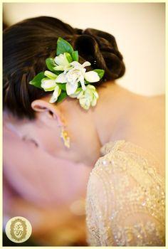 thai wedding hair