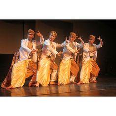 Tari Kalangenan, Sundanese traditional dance, West Java, Indonesia