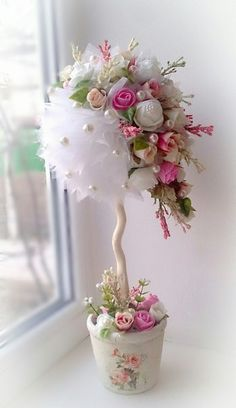 Discover thousands of images about Pink & White Floral Centerpieces: could be done white and red Flower Crafts, Diy Flowers, Fabric Flowers, Paper Flowers, Floral Centerpieces, Wedding Centerpieces, Floral Arrangements, Wedding Decorations, Christmas Crafts