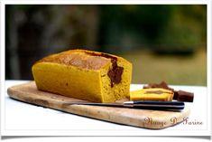 Cake surprise au potimarron Cake Surprise, Banana Bread, Desserts, Food, Gourds, Red Kuri Squash, Cloud, Sweet Recipes, Tailgate Desserts