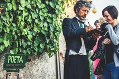 Have you tried express poetry writing? In Certaldo (Tuscany), during Mercantia, a lovely festival in this even lovelier medieval town, the street poet will look at you directly in the eyes and compose a poetry right there!  Have fun! #certaldo #mercantia #certaldoalto #tuscany
