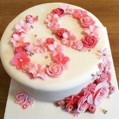 birthday cake with pink handmade roses - cake . - birthday cake with pink handmade roses - 60th Birthday Cake For Mom, Number Birthday Cakes, 50th Cake, Birthday Cakes For Women, Birthday Cake Toppers, Fete Marie, Buttercream Birthday Cake, Mom Cake, Birthday Cake Decorating