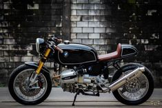 BMW R1100 Cafe Racer by Fatboy Design (@fatboydesign_fbd) #motorcycles #caferacer #motos | caferacerpasion.com
