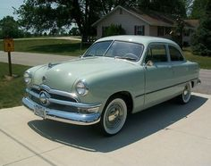 1950 Ford Deluxe Tudor Sedan.  This is like the very first car my parents drove, that I remember.