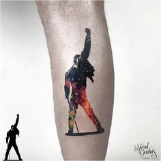 Get to witness the most amazing Freddie Mercury tattoos and deisgns here. We have the most splendid art styles that will tell you all the meaning of Freddie Mercury tattoos meaning Music Tattoos, Life Tattoos, Body Art Tattoos, Small Tattoos, Tatouage Freddie Mercury, Freddie Mercury Tattoo, Tatoo Art, Get A Tattoo, Tatoo Musical