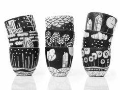 Camille Campignion, Dune terre à lautre. Little Houses. Pottery Mugs, Pottery Bowls, Ceramic Pottery, Slab Pottery, Thrown Pottery, Sgraffito, Ceramic Clay, Ceramic Painting, Ceramic Bowls