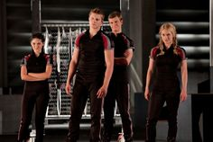 Train Like A *Career* Tribute - Hunger Games Workout {It's an actual workout schedule!}