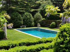Having a pool sounds awesome especially if you are working with the best backyard pool landscaping ideas there is. How you design a proper backyard with a pool matters. Outdoor Pool, Outdoor Gardens, Formal Gardens, Building A Swimming Pool, Home Swimming Pool, Dream Pools, Beautiful Pools, Hamptons House, Exterior