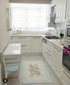 47 Best Inspiring Small Kitchen Design Ideas Mutfak – home accessories Kitchen Room Design, Interior Design Living Room, Kitchen Decor, Kitchen Ideas, Cozy Kitchen, Ranch Kitchen, Space Kitchen, Küchen Design, House Design