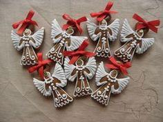 malý andělíčci Christmas Fun, Christmas Cookies, Christmas Wreaths, Xmas, Pound Cake, Cookie Monster, Tis The Season, Yule, Biscotti