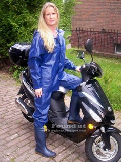 Shiny rain suit