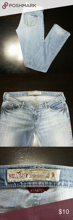 Hollister light washed jeans Low rise, straight leg, almost skinny leg, light washed, stretch jeans, size 5 regular Hollister Jeans Straight Leg