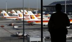 Iberia: sueldos para entrar de 20.000 euros para azafatas y 35.000 para pilotos. 26/05/14
