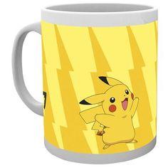 """Auch der größte #Pokemon- Trainer muss frühstücken, denn du kennst die Gefahr auf der Reise. Holt euch diese """"Pikachu Evolve"""" Tasse mit einer Füllmenge von 0,3 l von #Pokemon. Auf der Tasse prangt #Pikachu und seine Weiterentwicklung Raichu - mega gut, oder?! #entertainmentaccessoires #empstyle"""