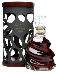 Such a stunning creative packaging solution from Torres for their Jaime 1: 30-year-old brandy