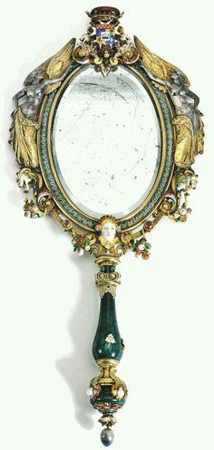Specchio Barocco da toilette. (Immagine Pinterest).