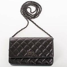 c637560f1479 AUTH Velvet check cell phone holder w/ Chain AUTHENTIC Chanel Velvet ...