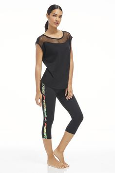 Halawa Outfit with the Dijon Tee and Camacan Capri: I just became a VIP and got $25 off of this outfit. Cute workout clothes motivate me! Its time to work out! *VIP price $59.95