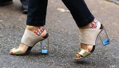 """Partager la publication """"Tendances chaussures Printemps/Été 2015"""" FacebookTwitterGoogle+Pinterest Zoom sur les chaussures qui ont défilé..."""