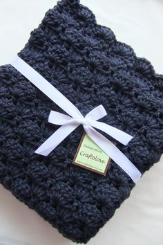 Baby Blanket - I LOVE this nontraditional color for baby. One solid gorgeous color in the shell pattern is fabulous!