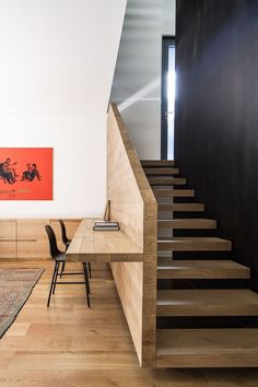 Interior Design Ideas - Build A Desk On An Unused Wall Space To Create A Small Home Office - Home Decoration - Interior Design Ideas Modern Interior Design, Interior Architecture, Architecture Courtyard, Modern Interiors, Residential Architecture, Contemporary Design, Small Home Offices, Built In Desk, Home Office Decor
