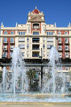 Plaza de la Marina de Málaga. Andalucia Spain, Malaga Spain, Andalusia, Malaga City, Spain And Portugal, Big Ben, Mansions, Country, House Styles